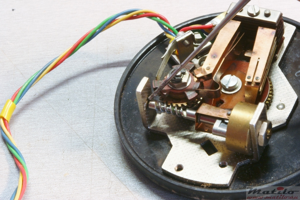 Excellent How To Do A Basic Refurbishment Of A Rotary Dial Matilo Telephones Wiring Cloud Hisonuggs Outletorg