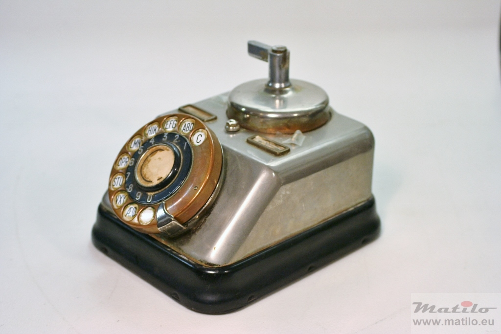 téléphones ericsson 1945