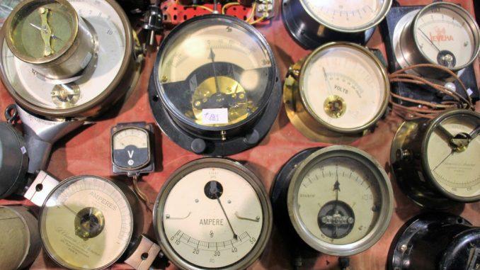 Various gauges