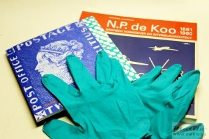 Comm gifts and gloves