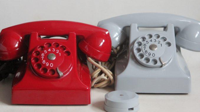 Ericsson 11420 red & grey