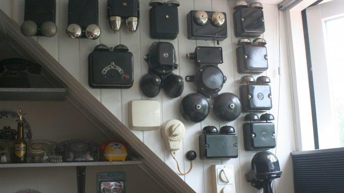 Ringer boxes left side